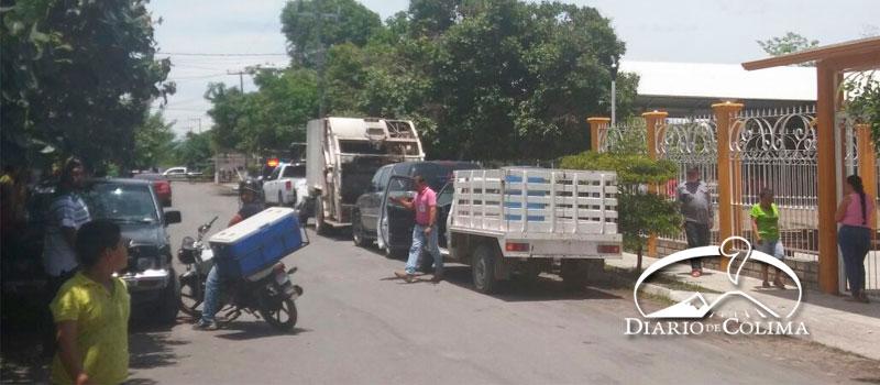 Orden Público | Ejecutan motosicarios a trabajador del ... - Diario de Colima (press release)